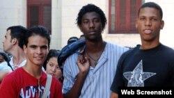 Estudiantes cubanos.
