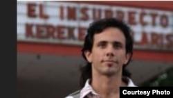 Arrestan en Camagüey al bloguero Henry Constantín