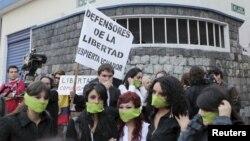 Una protesta en Quito para exigir la libertad de prensa