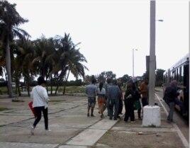 Reporta Cuba Foto Rosario Morales Trasnporte público Habana del Este