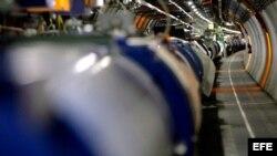 Foto archivo, muestra el acelerador de partículas del Laboratorio Europeo de Física Nuclear (CERN)