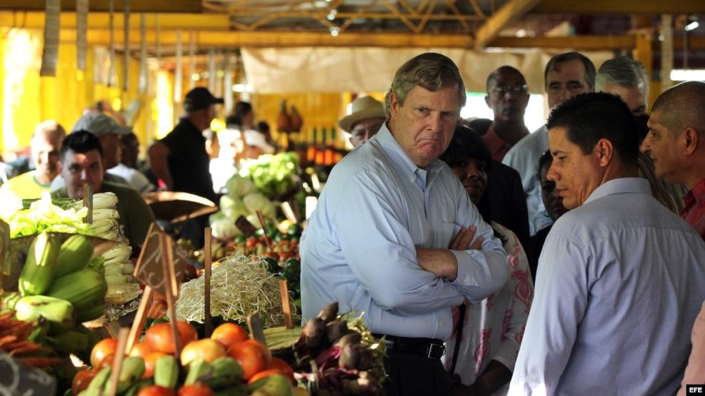 En el mandato de Obama, su secretario de Agricultura, Thomas Vilsack, hizo una visita oficial a Cuba en noviembre de 2015.