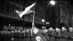 Checos celebran aniversario 25 de la Revolución de Terciopelo