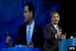 El senador republicano por Florida, Marco Rubio, da un discurso durante la celebración de la cuadragésima edición reunión anual organizada por la Unión Conservadora Americana, en National Harbor, Maryland, EE.UU.