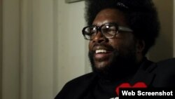Questlove en un momento del documental.