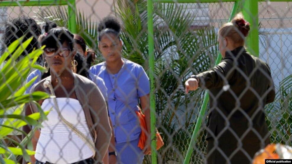 Cárcel de mujeres de la Habana a la que tuvo acceso el fotógrafo Ismael Francisco del oficialista Cubadebate.