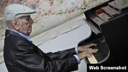 El pianista y compositor cubano Mario Romeu González.