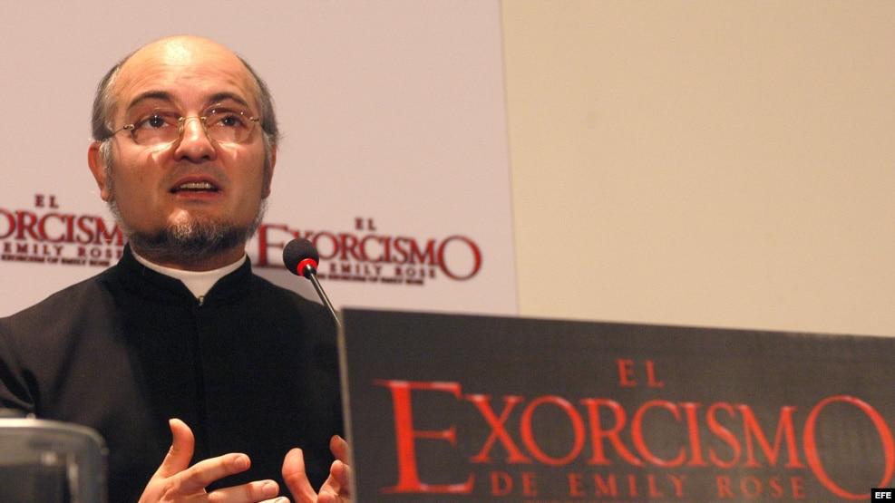 El padre José Antonio Fortea, sacerdote y teólogo especializado en demología, y autoridad de la Iglesia Católica para asuntos de exorcismo. EFE/Kiko Huesca.