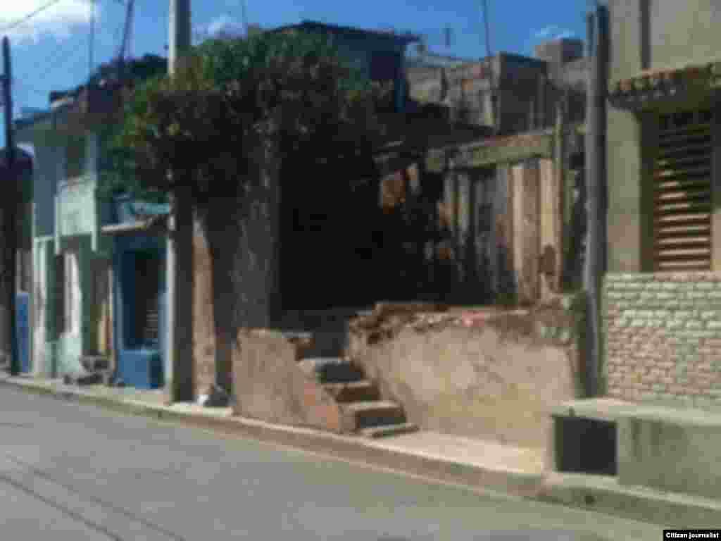Reporta Cuba Calle Rabí entre Princesa y Santa Rosa Foto LisandraUnpacu