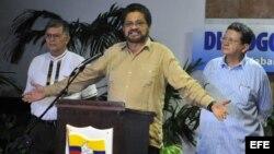Las FARC y el ELN anunciaron un alto el fuego unilateral con motivo de las elecciones presidenciales colombianas, que se hará efectivo del 20 al 28 de mayo.