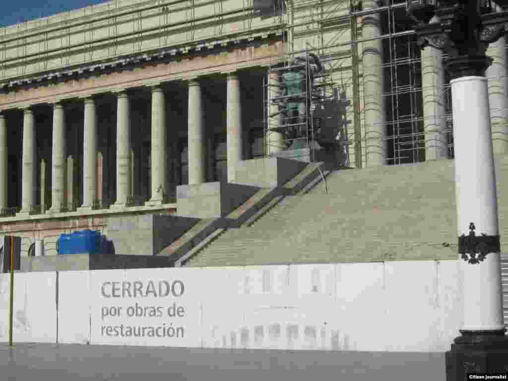 Reporta Cuba Capitolio mayo 2015 Foto Arnaldo Ramos