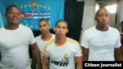 Primeros activistas liberados ayer: Ernesto Riveri, Bianko Vargas, Lázaro Romero (i-d).