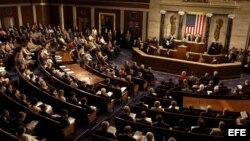 El cambio de política de viajes en la isla obligaría a revisar en el Congreso la Ley de Ajuste cubano, dice la publicación.