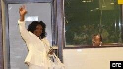 LA HABANA (CUBA), La líder del grupo opositor Damas de Blanco, Berta Soler, momentos antes de viajar a España en su primera salida al extranjero