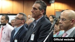 el Tribunal Supremo de Venezuela condenó a prisión a Enzo Scarano, alcalde de San Diego, Carabobo, por no disolver las barricadas de protesta.ndenado a prisión porla