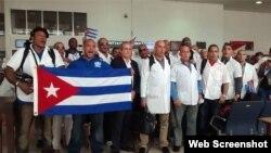 La venta de servicios médicos es una de las principales entradas de moneda dura del gobierno cubano (Archivo)