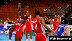 Equipo cubano de voleibol. Foto archivo.