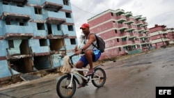 Edificios afectados por el paso del huracán Matthew en Baracoa.