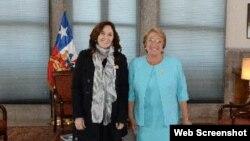 Michelle Bachelet recibe a Mariela Castro