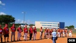 """""""Juego del Reencuentro"""" de ex-peloteros cubanos celebrado en la ciudad de Hialeah, sábado 11 de octubre del 2014."""