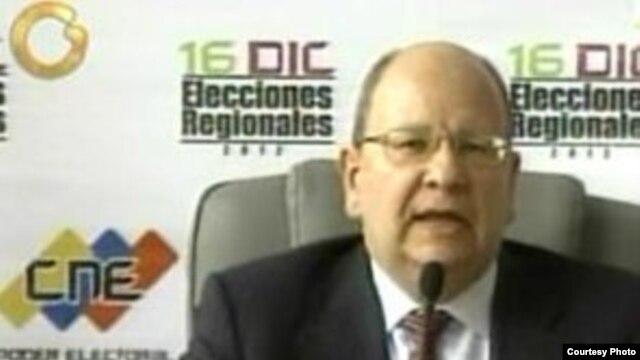 Vicente Díaz, rector del CNE