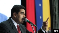 Fotografía cedida por prensa de Miraflores donde se observa al presidente de Venezuela, Nicolás Maduro