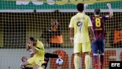 El argentino Musacchio tras marcarse en propia meta el 2do gol ante el Barcelona