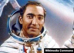 El guantanamero Arnaldo Tamayo Méndez, el primer astronauta de origen cubano.