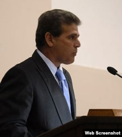 Dr. Jorge Pavel Pino.