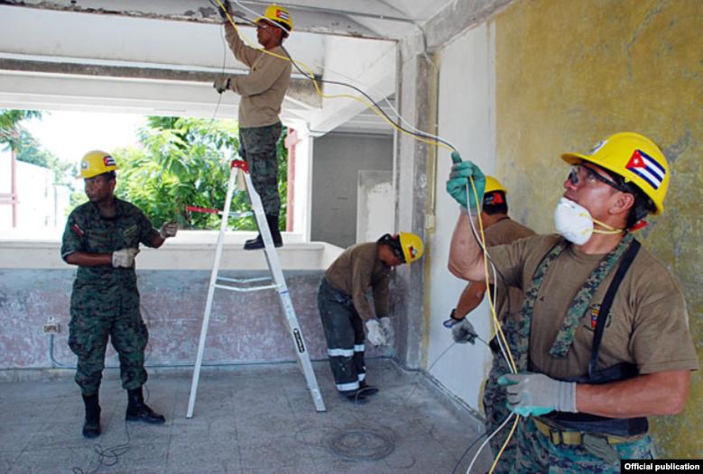 Manos solidarias de Ecuador construyen en Santiago de Cuba