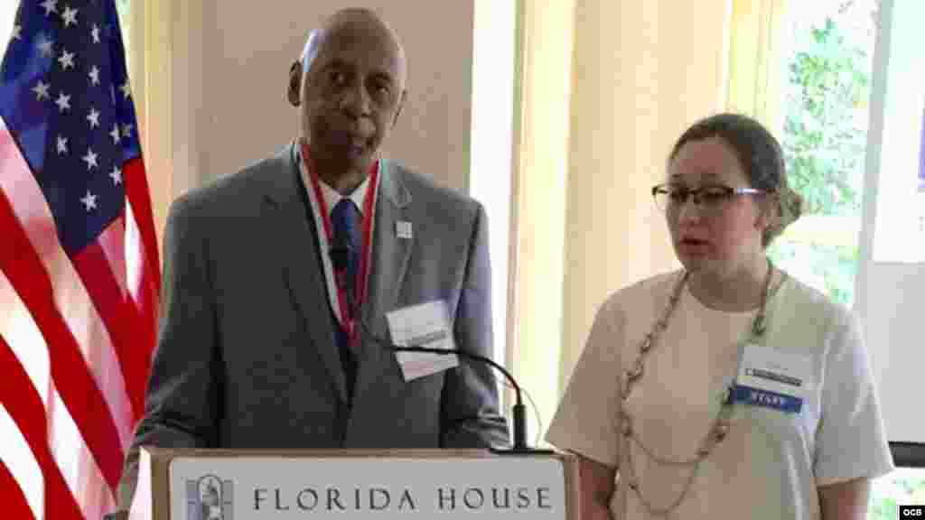 Guillermo Fariñas recibe en Washington la Medalla de la Libertad Truman-Reagan. Foto: Ricardo Quintana