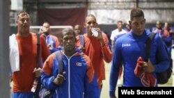 Peloteros cubanos.
