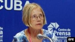 """Ann Wright pide en Cuba """"perdón"""" por la prisión de Guantánamo"""
