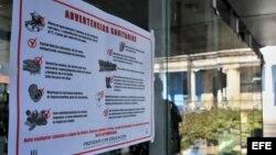 Cartel alusivo al control sanitario. Foto Archivo.