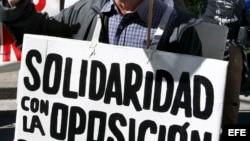 Cubanos demandan en España cumplimiento de programa migratorio
