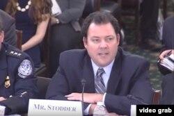 Testificando: El secretario adjunto de Seguridad Interna para políticas comerciales, migratorias y fronterizas, Seth Stodder
