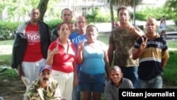 Opositores del FANTU, en Santa Clara. Archivo.