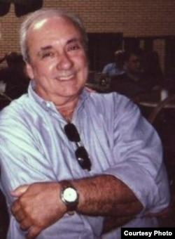 José Alvarez, profesor emérito, Universidad de la Florida