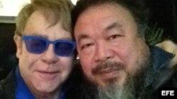Elton John y Ai Wei Wei