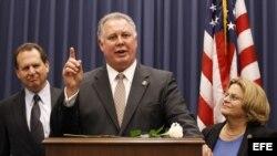 El representante demócrata por el estado de Nueva Jersey Albio Sires