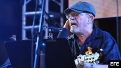 """Silvio Rodríguez en un concierto en La Habana (Cuba), en la jornada de """"cintas amarillas""""."""