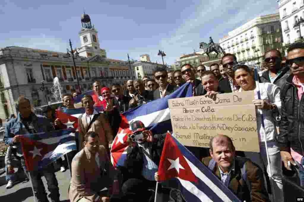 Cubanos protestan en Madrid