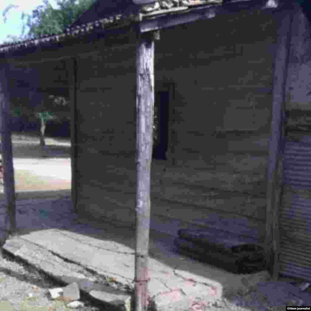 Graciela Rodríguez López ha vivido siempre en Chapala, Manzanillo en esas condiciones