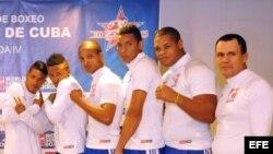 Boxeadores cubanos.