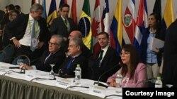 Presidente de la OEA, Luis Almagro, en la Cumbre de las Américas de Lima, Perú.