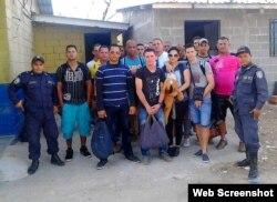 Cubanos retenidos en Choluteca, Honduras