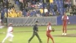 Peloteros cubanos opinan sobre la realidad actual del béisbol