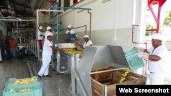 Fábrica de conservas Ponupo, en Santiago de Cuba