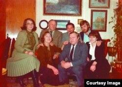 Raúl Castro (centro) con el actor soviético Mijail Ulianov.