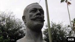Monumento a Antonio Maceo en Miami. Foto de Wally Gobetz (2011)